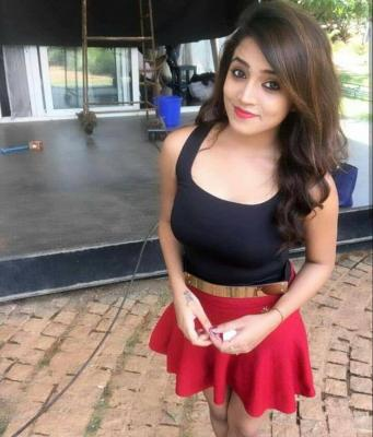 Low Rate Call Girls In GK 1 GK 2 Call 9811166609