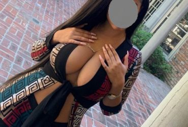 CALL GIRLS IN GREEN PARK 8826805821 HOT WOMEN SEEKING MEN IN DELHI