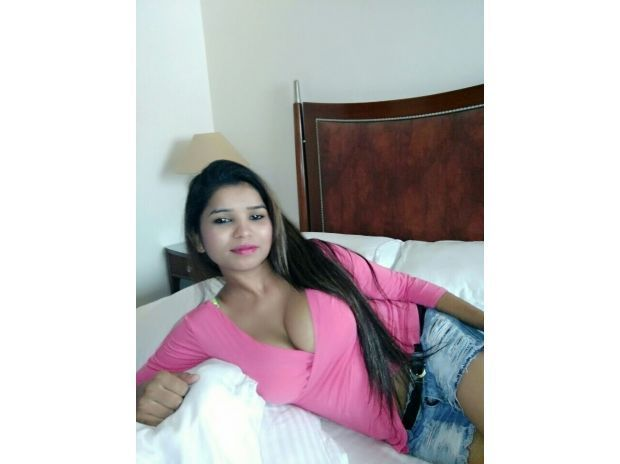 Delhi Call Girls 9958277782 Women Seeking Men In Delhi