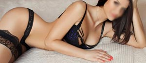 Hire Independent Call Girls in Lucknow 7304364692