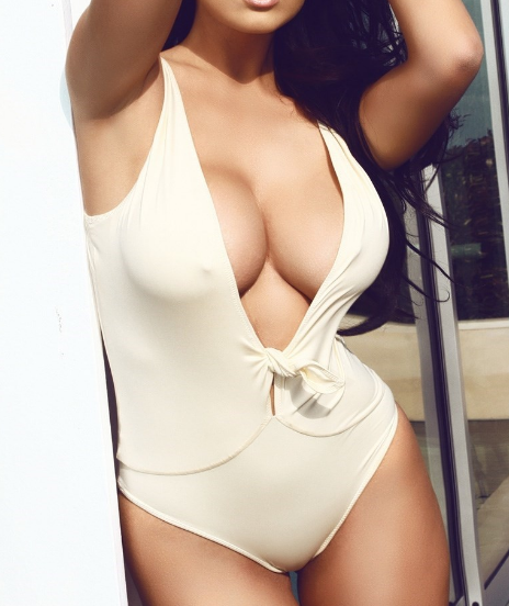SEXY PRIYANKA OFFERS BEST ESCORT SERVICE FOR YOU ONLY
