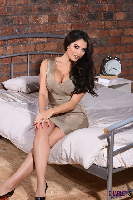 DELHI NIGHT COMPANION WITH GEORGIUS MODEL IN CONNAUGHT PLACE NEAR THE PARK HOTEL,