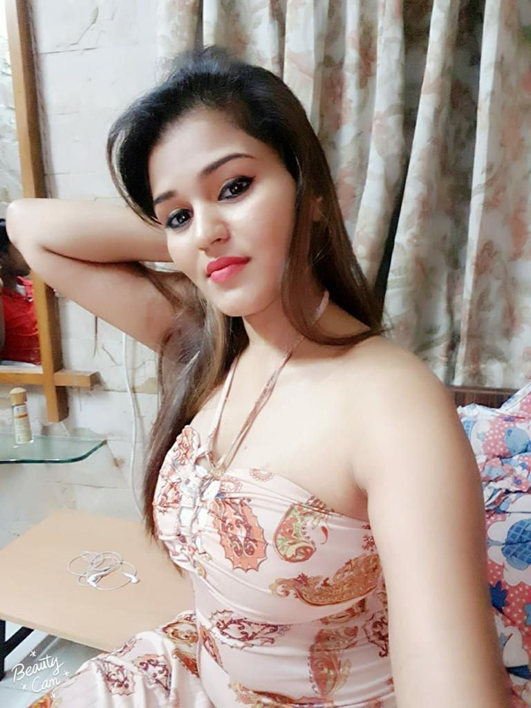 Shot 1500 night 6000 call girls in delhi call me im raju 8287383535 call new