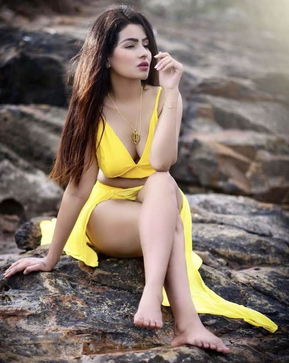 How to Book Sexy Call Girls in Lucknow ?
