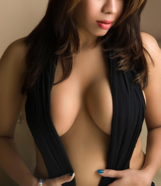 High Profile Model Escorts Services in Hyderabad