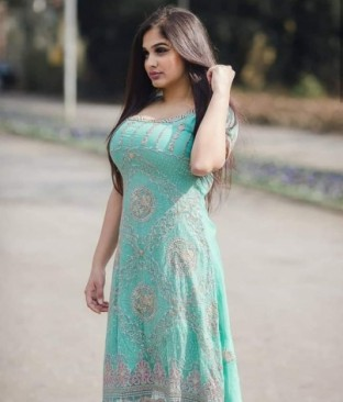 CALL GIRL IN GREEN PARK Pvr 9711881147 SHORT 1500 NIGHT 6000
