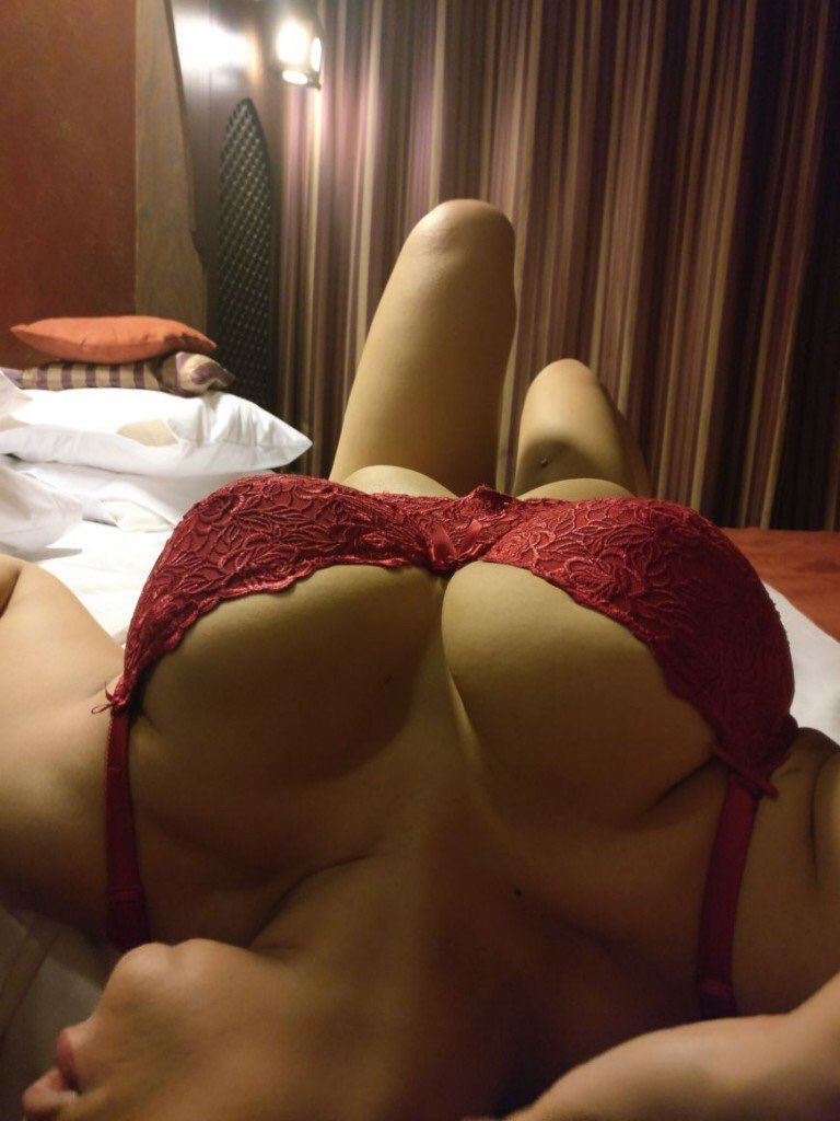 CALL GIRLS IN Bara Hindu Rao CALL 9999849648 SHORT 2000 NIGHT 6000 Delhi