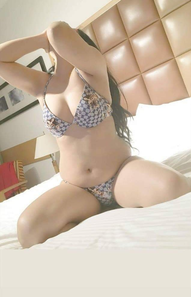 Low Rate Call Girls In Delhi Noida Gurgaon 8820202033