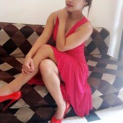 Call Girls In Delhi Nisha 9958277782 Women Seeking Men In Delhi