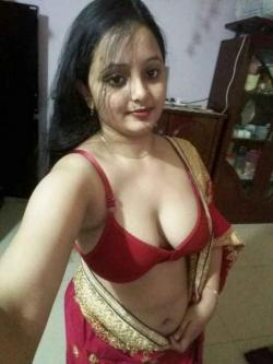 Hot Call Girls In Delhi Nisha 9958277782 Women Seeking Men In Delhi BOOKING