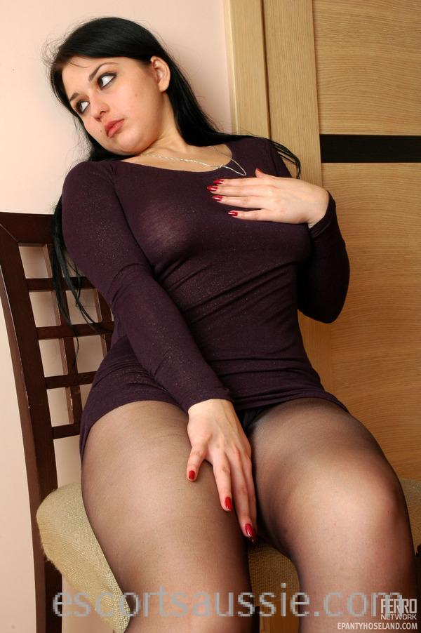CALL GIRLS IN  Lajpat Nagar 8826805821 HOT WOMEN SEEKING MEN IN DELHI