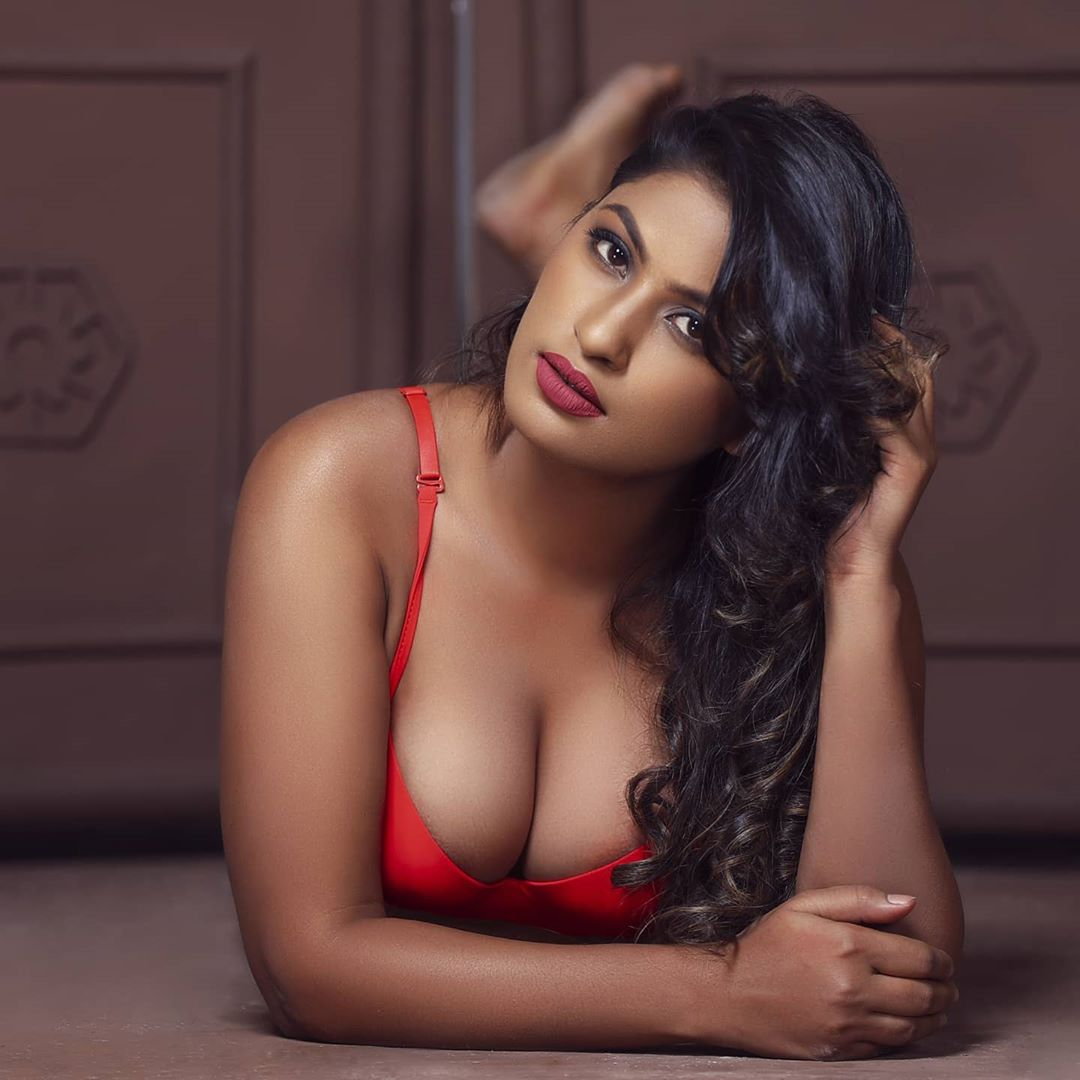 A Hot Hyderabad Call Girl, Who Makes Most Of Every Moment During Sex
