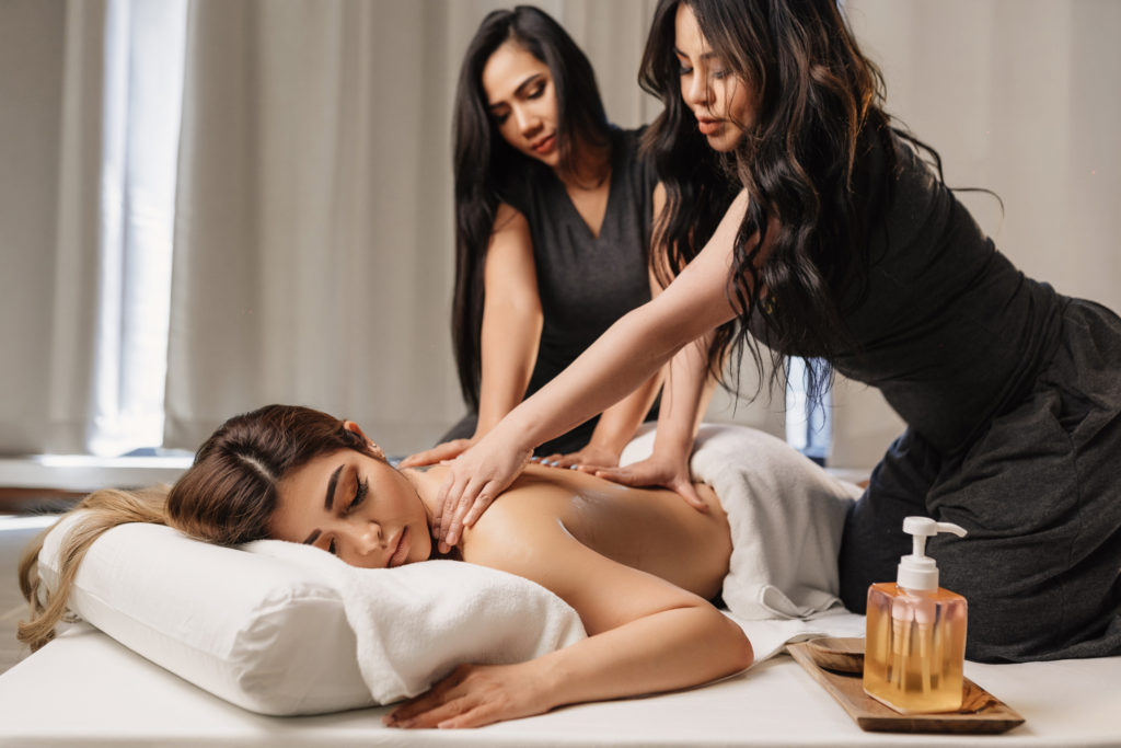 Body Massage in Ameerpet Hyderabad With Extra Services 7306840035
